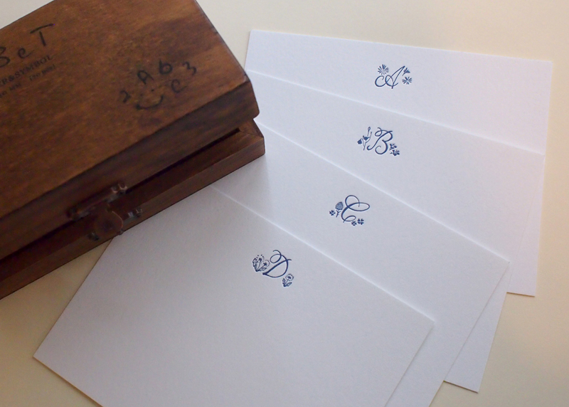 Floral Monogram Notecard【ONLINE EXCLUSIVE】
